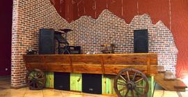Дизайн помещения с брендом Stone Mill / Каменная мельница коллекции Кирпич старый